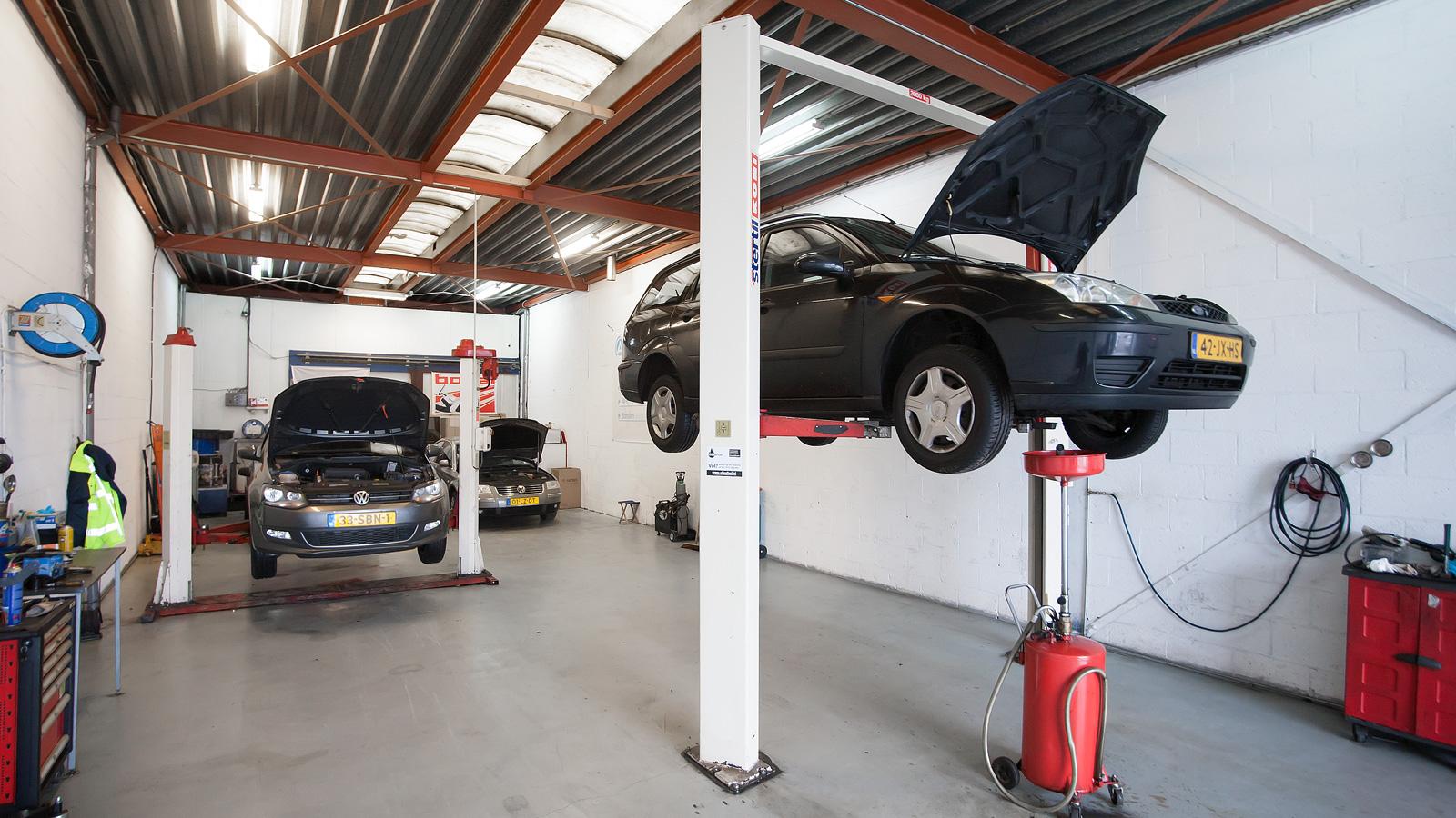 Auto garage haarlem ochtend schoonmaakwerk for Garage ms auto